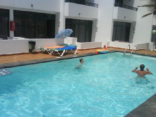 La Tegala Apartments : Pool view