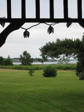 Summerside, Canada: View from the gazebo to the beach