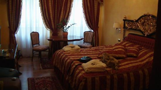 Alchymist Nosticova Palace: Room!