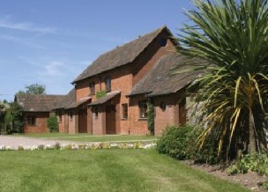 Cofton Holidays: Cofton Cottages