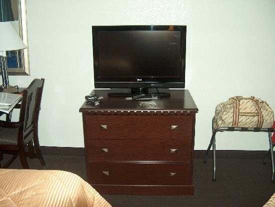 Comfort Inn Lumberton: TV