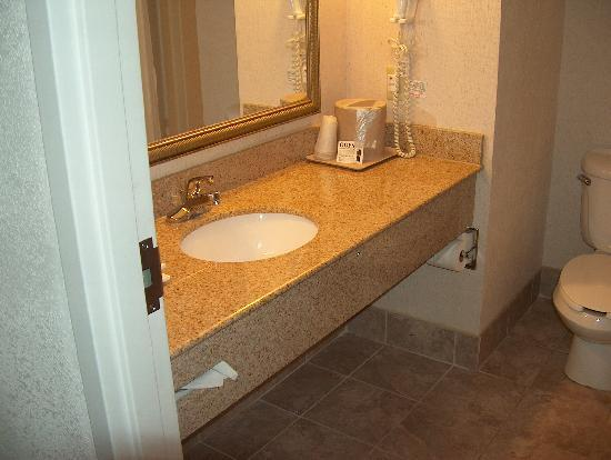 Comfort Inn Lumberton: Bathroom..VERY CLEAN