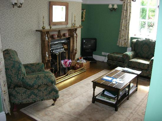 Tyn-y-wern Farmhouse : Guest lounge