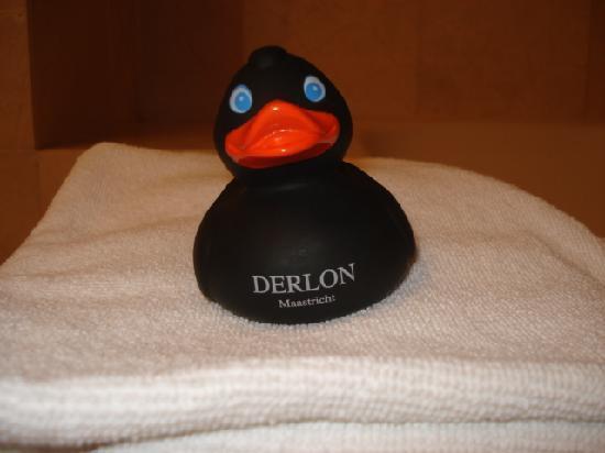 Derlon Hotel Maastricht: Rubber Duckie!