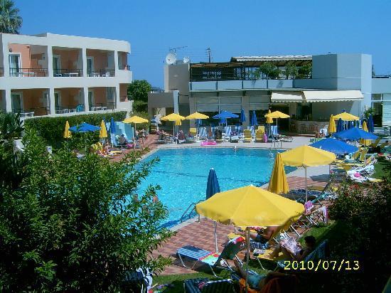 Pegasus Hotel: Deler av bassengområde