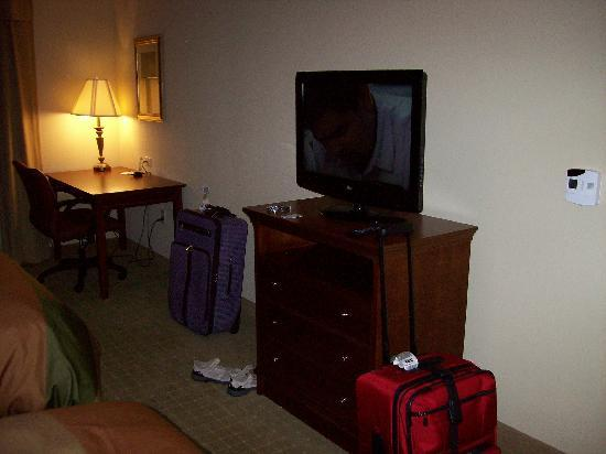 Homewood Suites Rochester - Victor: Bedroom