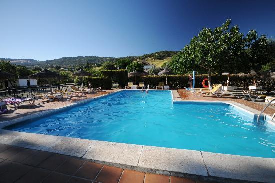 Hotel El Horcajo: Piscine