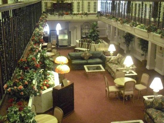 Plaza Suite Hotel Resort: 2nd floor