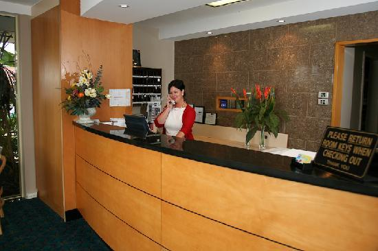 Comfort Inn Blue Lagoon: Reception