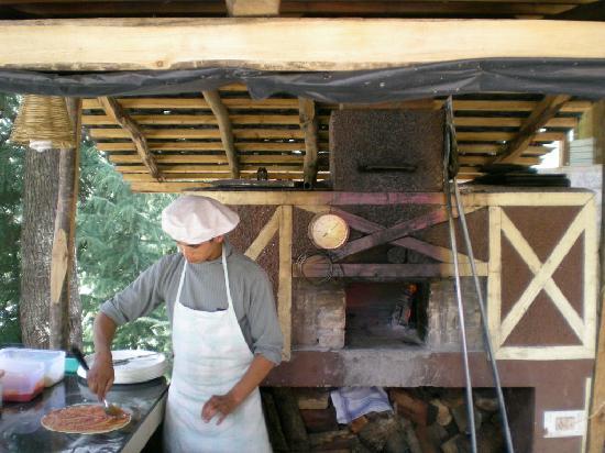 Casa Bella Vista: wood fired  oven