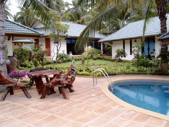 Idyllic Samui Oceanfront Resort & Villas : deluxe villa