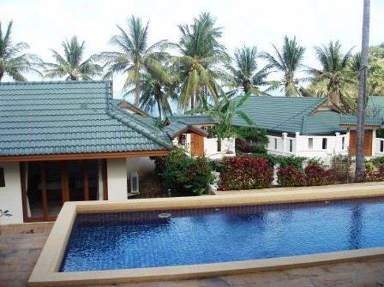Idyllic Samui Oceanfront Resort & Villas : pool grand villa