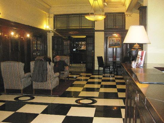 Wellesley Boutique Hotel: lobby area