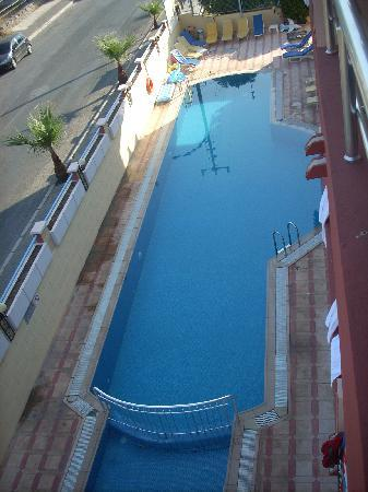 High Life Apartments: Pool view from our room