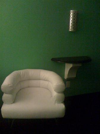 El Cortez Cabana Suites: the chair