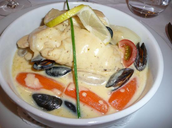 Relais Guillaume de Normandy : Le plat principal, le nom s'est envolé, mais les saveurs nous sont restées.