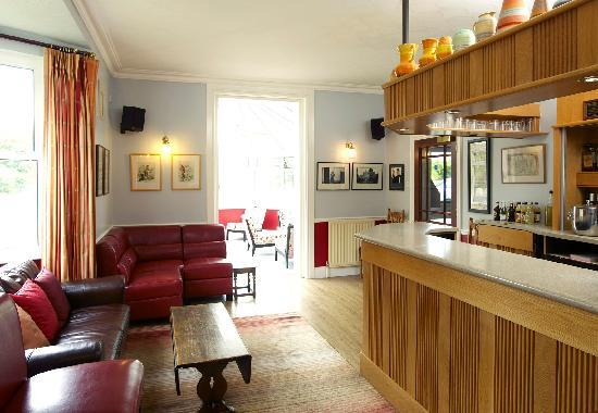 Charlton Kings Hotel: Bar