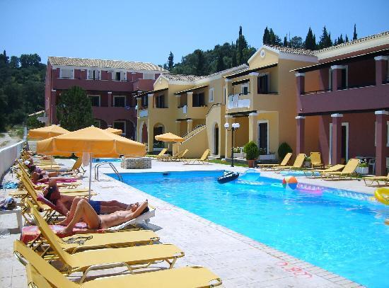 Sellas Hotel: sellas pool