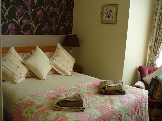 Newbury Hotel: .