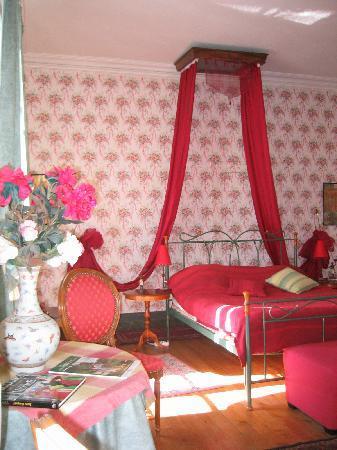 Chateau du Breuil: Chambre blanche