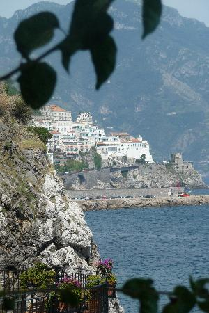 Santa Caterina Hotel: view from hotel