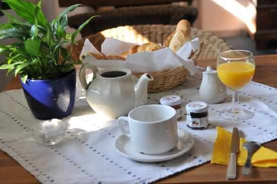 Coté Chalet Résidence Hostel Lounge : breakfast