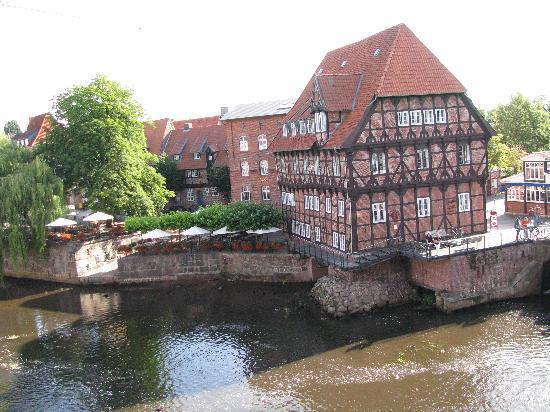 Luneburg, Alemania: Blick aus dem Zimmerfenster