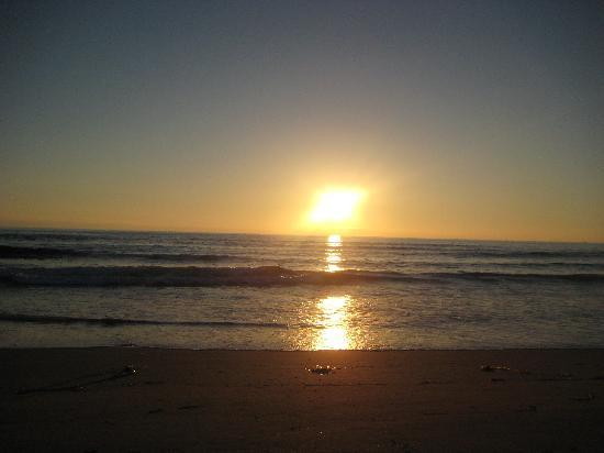 Central Coast Outdoors: sun going down, the beach is all ours