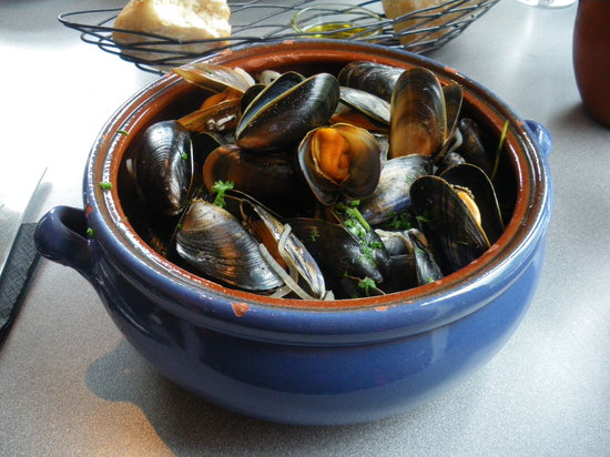 LochLeven Seafood Cafe : mussels