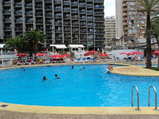 Hotel Marina Resort Benidorm: hotel pool area