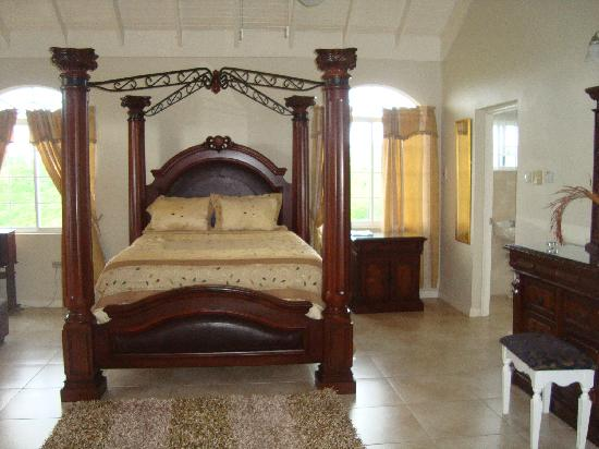 Retreat Guesthouse Luxury Suites: Honeymoon Suite