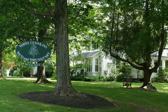 White Cedar Inn Bed and Breakfast: The lay of the land