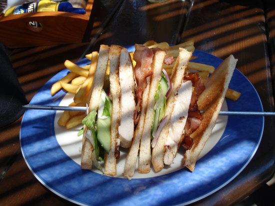 Harmony Mexican Restaurant and Bar: club sandwitch, very good quality and perfect taste