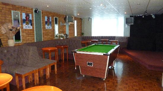 Helmshore Hotel: Lounge Bar