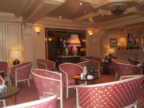 Hostellerie La Cheneaudiere - Relais & Chateaux: salon