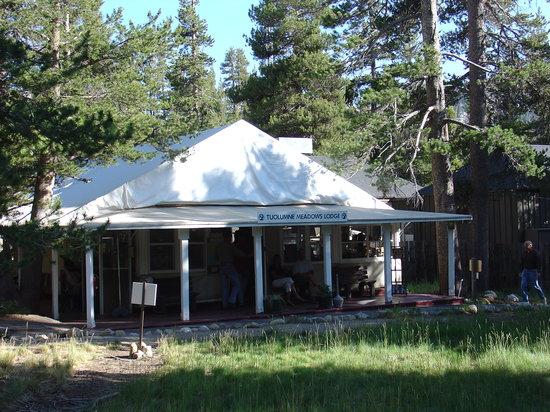 Tuolumne Meadows Lodge : Dining room at Tuolumne