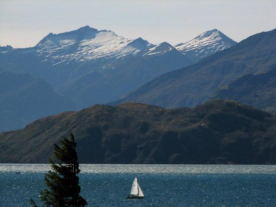 Wanaka Lakehouse: Spectacular view from the house