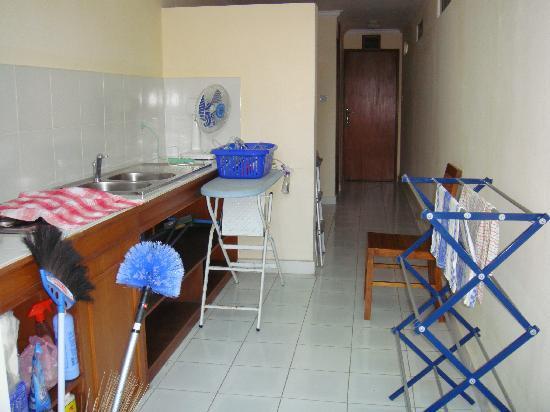 Emerald Villas: backroom/laundry room