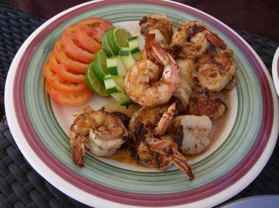 Secrets Maroma Beach Riviera Cancun: One of the incredible poolside food options...