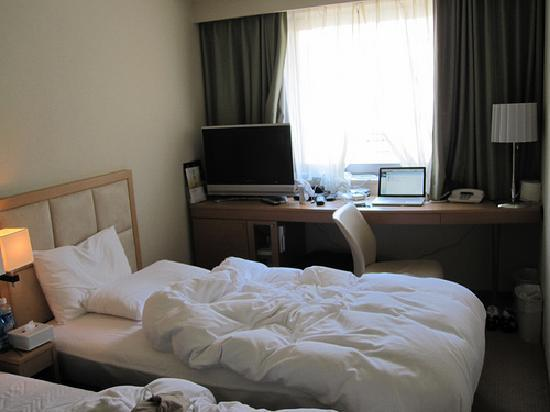 Hotel Sunroute Plaza Shinjuku: Economy Twin Room 2
