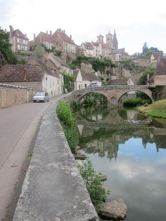 Authentica Tours : Semur En Auxious