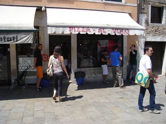 Pizza al Volo Campo S. Margherita