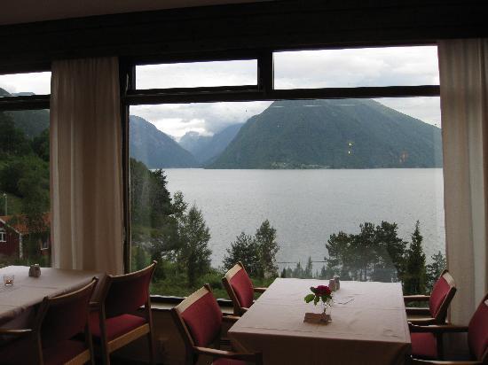 Dragsvik Fjordhotell: Dining room