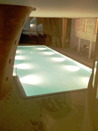 Grand Hotel Kronenhof: Swimming pool