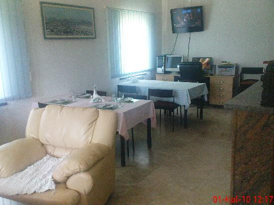 Guesthouse Pansion ABA: Dining room 2