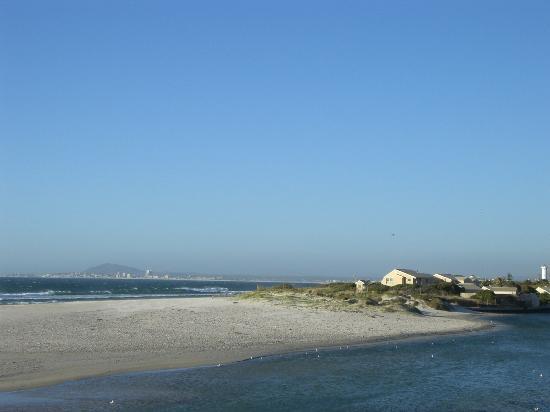 Lagoon Beach Hotel & Spa: Blick aus dem Zimmer 2