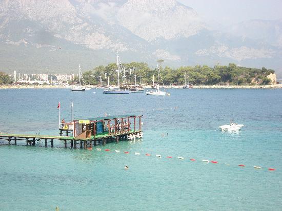 Club Med Kemer: ponton 1 pour le ski nautique