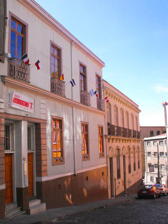 Hotel Da Vinci Valparaiso: Fachada