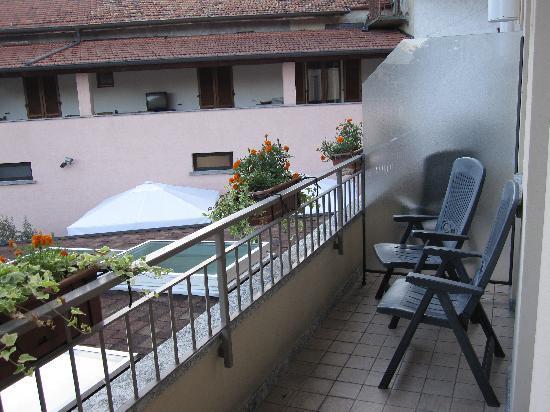 Albergo Concordia: Blick auf Balkon