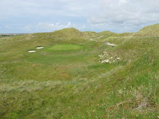Carne Golf Links: A par-3 at Carne